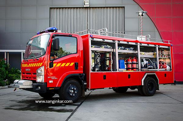 خودرو امداد و نجات ایسوزو 6 تن