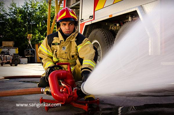مانیتور پرتابل آتش نشانی